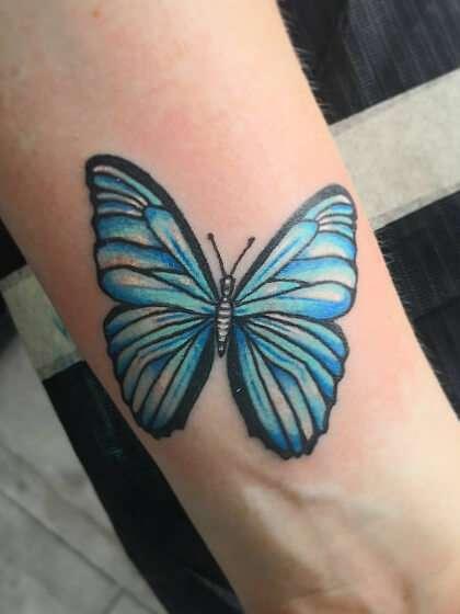 Tatuaje temporal mediano para el antebrazo