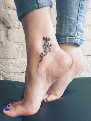 Tatuaje temporal para el tobillo